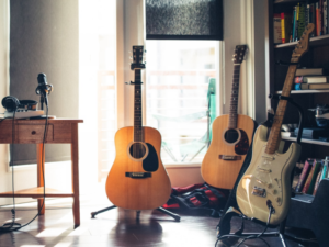 Best Guitar Stand Buyers Guide Heading